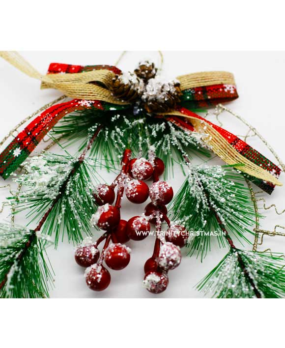 Christmas Wreath with berries and pine